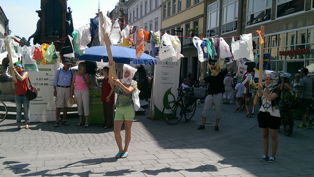Plastiktütenfreier-Tag-Konstanz-flashmob